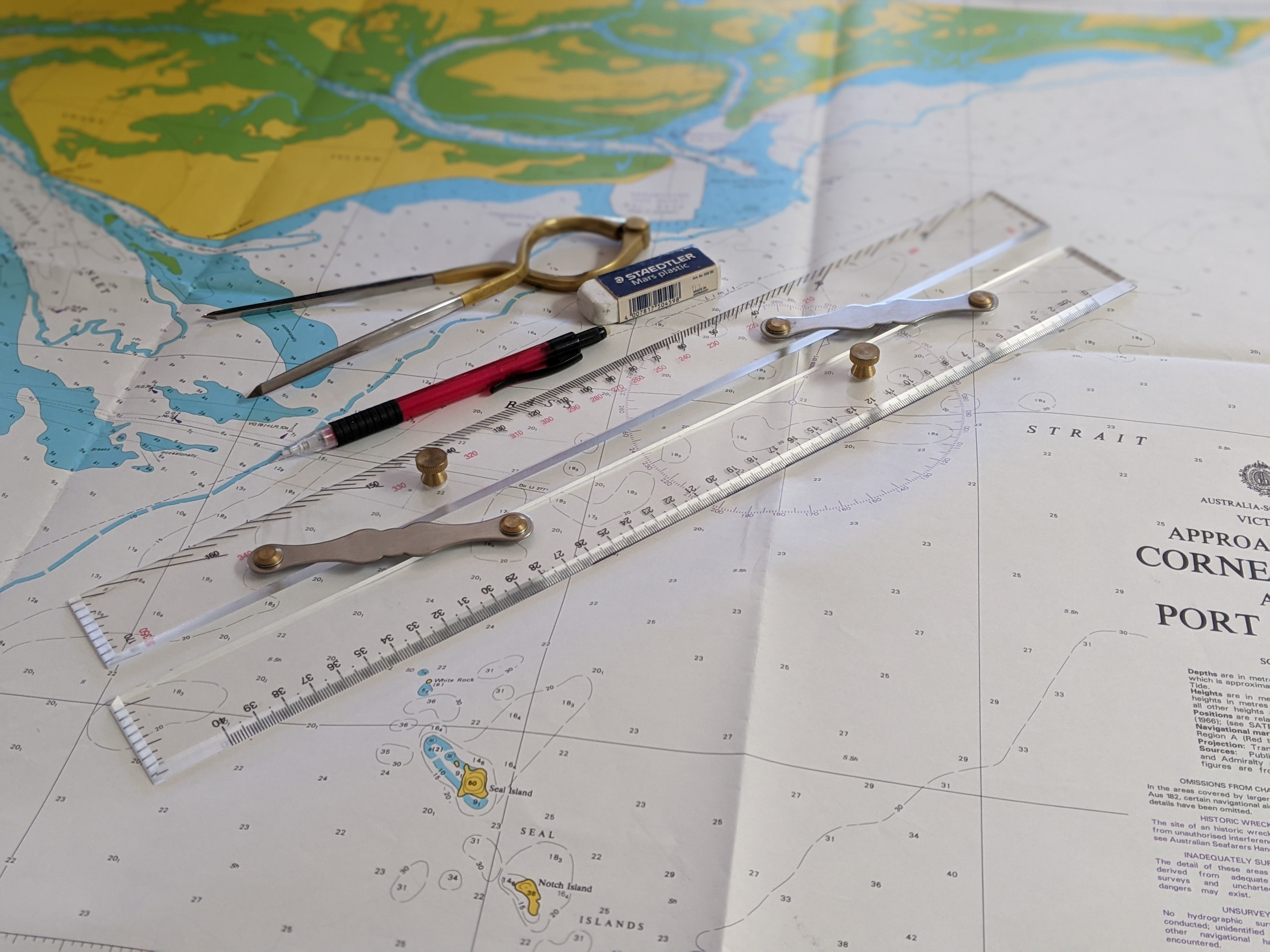 Maritime chart of Corner Inlet and navigation tools